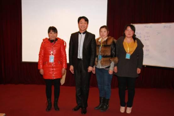 群峰忠国教育集团成功举行幼儿园自动化运转系统讲座